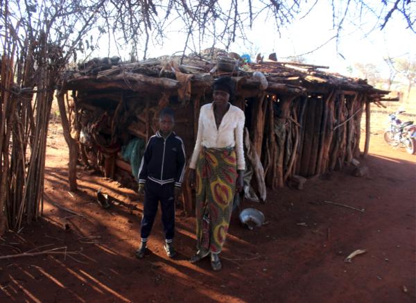 Realisatie woningen en school in Tanzania